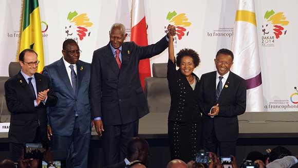 De gauche à droite: François Hollande - Macky Sall - Abdou Diouf - Michaëlle Jean - Hery RAJAONARIMAMPIANINA (Madagascar)